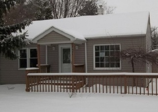 Foreclosed Home in Essexville 48732 BURNS ST - Property ID: 4387658249
