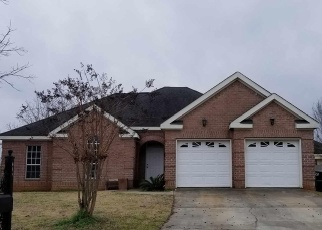 Foreclosed Home in Centerville 31028 ROCKFORD CT - Property ID: 4387720897