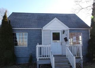 Foreclosed Home in Stratford 06615 HONEYSPOT RD - Property ID: 4387852280