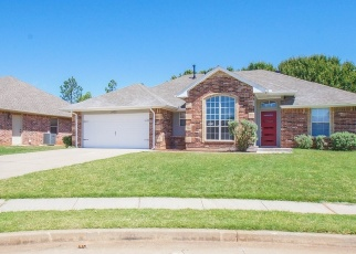Foreclosed Home in Edmond 73013 WOOD DUCK DR - Property ID: 4388027916