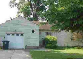Foreclosed Home in Akron 44313 WOODBINE AVE - Property ID: 4388041937