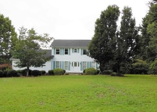 Foreclosed Home in Cochran 31014 N LAKESHORE DR - Property ID: 4388126901