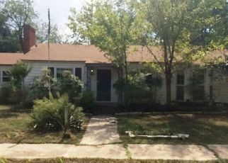 Foreclosed Home in Teague 75860 OAK ST - Property ID: 4388198275
