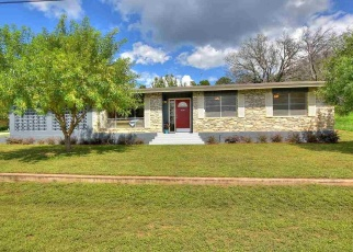 Foreclosed Home in Kingsland 78639 SCENIC LOOP - Property ID: 4388259149