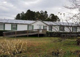 Foreclosed Home in Hemingway 29554 PINE TREE RD - Property ID: 4388342821