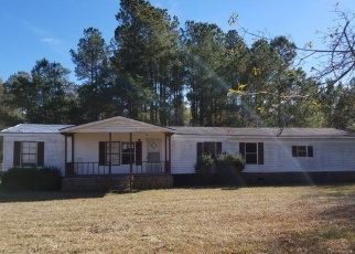 Foreclosed Home in Salters 29590 CYCLONE DR - Property ID: 4388359453