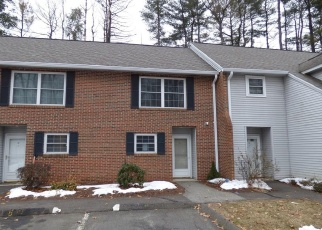 Foreclosed Home in Plainville 06062 TOMLINSON AVE - Property ID: 4388610863