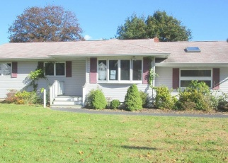 Foreclosed Home in Center Moriches 11934 N OCEAN AVE - Property ID: 4388615223