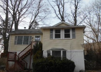 Foreclosed Home in Carmel 10512 LINCOLN DR - Property ID: 4388649391