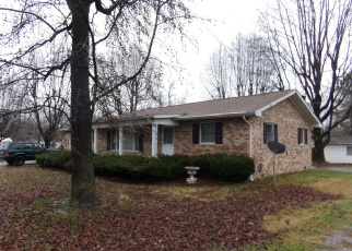Foreclosed Home in West Frankfort 62896 E CLEVELAND ST - Property ID: 4388743557