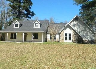 Foreclosed Home in Andalusia 36421 HIDDEN FOREST LN - Property ID: 4388810569