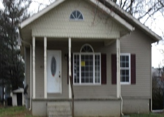 Foreclosed Home in Harrisburg 62946 S WEBSTER ST - Property ID: 4388846485