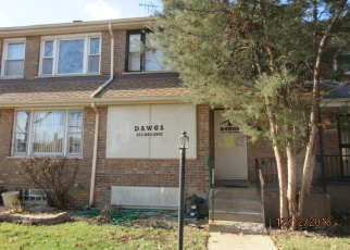 Foreclosed Home in Chicago 60628 S EBERHART AVE - Property ID: 4388851745