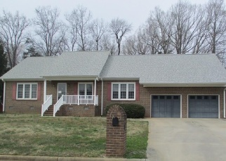 Foreclosed Home in Graham 27253 RASPBERRY RUN - Property ID: 4388934513