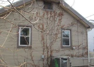 Foreclosed Home in Euclid 44117 E 221ST ST - Property ID: 4388971299