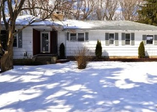 Foreclosed Home in Branford 06405 APPLEWOOD RD - Property ID: 4389106194