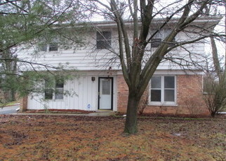 Foreclosed Home in Park Forest 60466 APPLE CT - Property ID: 4389165322
