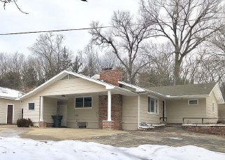 Foreclosed Home in Topeka 66617 NE MERIDEN RD - Property ID: 4389178464
