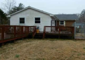 Foreclosed Home in Avenue 20609 TED CIR - Property ID: 4389207820