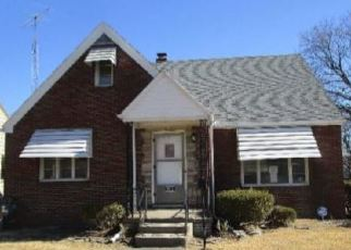 Foreclosed Home in Toledo 43608 MULBERRY ST - Property ID: 4389319495