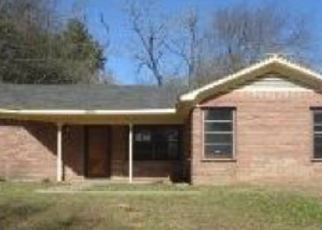 Foreclosed Home in Marshall 75672 VICTORY DR - Property ID: 4389397452