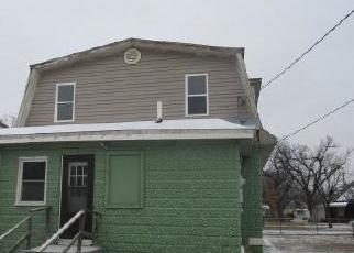 Foreclosed Home in Hutchinson 67501 W SHERMAN ST - Property ID: 4389434234