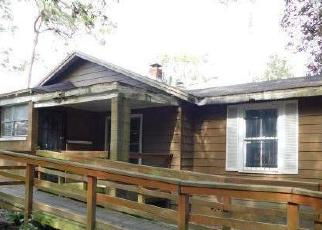 Foreclosed Home in Jacksonville 32208 RIBAULT SCENIC DR - Property ID: 4389441694
