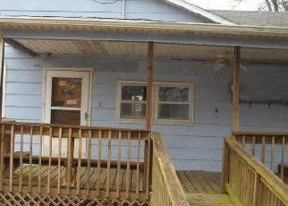 Foreclosed Home in Franklin 66735 S VINE ST - Property ID: 4389475858