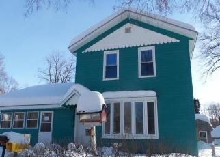 Foreclosed Home in Frontenac 55026 VAN BLARCUM AVE - Property ID: 4389525788