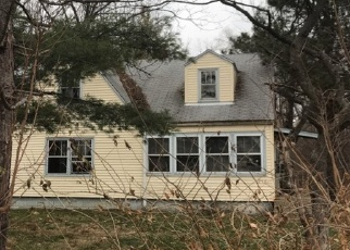 Foreclosed Home in East Peoria 61611 W MULLER RD - Property ID: 4389533218