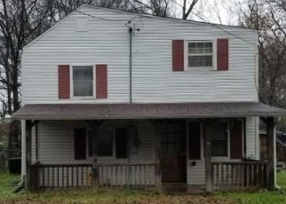 Foreclosed Home in Rossville 30741 S LAKE TER - Property ID: 4389568708