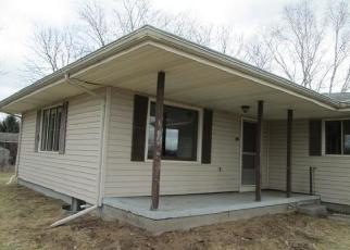 Foreclosed Home in Pleasant Lake 49272 N MERIDIAN RD - Property ID: 4389591476