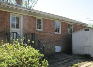 Foreclosed Home in Mechanicsville 23111 PARK DR - Property ID: 4389640528
