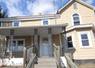 Foreclosed Home in Berryville 22611 N CHURCH ST - Property ID: 4389704473