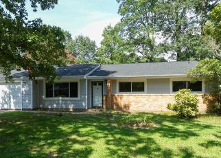 Foreclosed Home in Newport News 23608 DINWIDDIE PL - Property ID: 4389767539