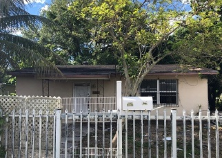 Foreclosed Home in Miami 33162 NE 166TH ST - Property ID: 4389791632