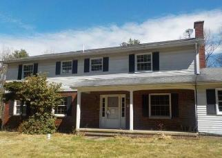 Foreclosed Home in Wilkes Barre 18702 BEAR CREEK BLVD - Property ID: 4389802132