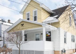 Foreclosed Home in Wyoming 49509 DENWOOD AVE SW - Property ID: 4389829291