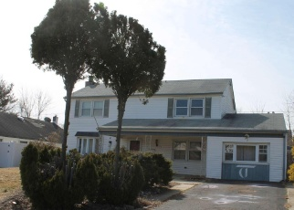 Foreclosed Home in Willingboro 08046 HEWLET LN - Property ID: 4389944930