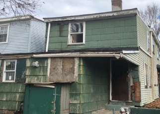 Foreclosed Home in Trenton 08611 CENTRE ST - Property ID: 4389957623