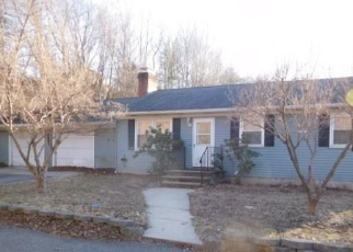 Foreclosed Home in Newtown 06470 S MAIN ST - Property ID: 4390054864