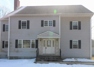 Foreclosed Home in Trumbull 06611 EDISON RD - Property ID: 4390063614