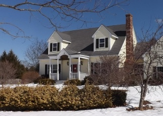 Foreclosed Home in Kennebunk 04043 PATTERSON DR - Property ID: 4390105208