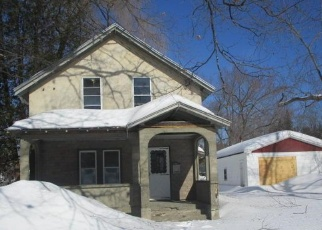 Foreclosed Home in Skowhegan 04976 SAINT JOHN ST - Property ID: 4390109598
