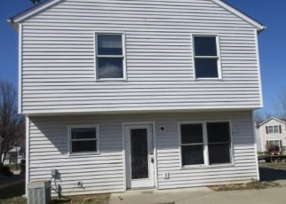 Foreclosed Home in Louisville 40258 HUNTERS CHASE LN - Property ID: 4390159979