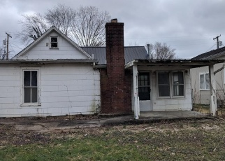 Foreclosed Home in Somerset 42501 JASPER ST - Property ID: 4390160402