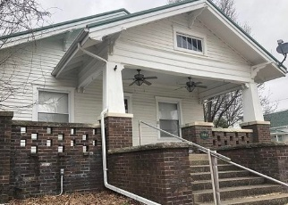 Foreclosed Home in Eldorado 62930 PINE ST - Property ID: 4390163471