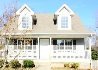 Foreclosed Home in Clarksville 37040 ROME LN - Property ID: 4390165213