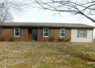 Foreclosed Home in Lawrenceburg 40342 DANA DR - Property ID: 4390180106