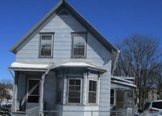 Foreclosed Home in Worcester 01603 OLIVER ST - Property ID: 4390279534